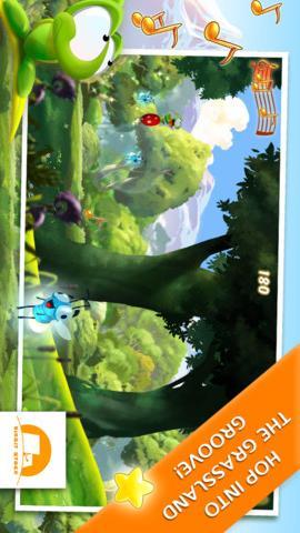 横版跑酷类游戏,玩家操控着可爱的小动物向前追逐着音符,音乐很是欢快